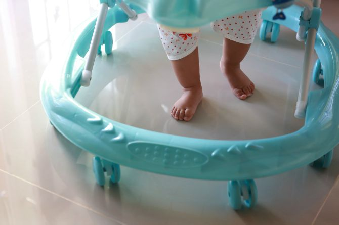 src=https://www.theindusparent.com/wp content/uploads/sites/9/2015/08/shutterstock 197376914.jpg 5 crucial things to remember before you buy a baby walker