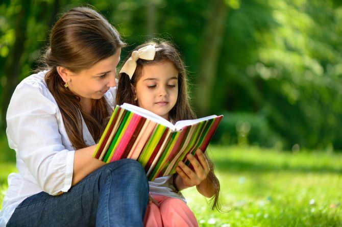 5 reasons why reading aloud to your child is the best thing in the world