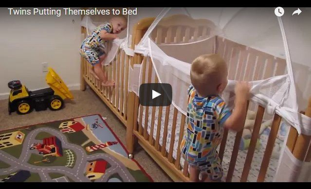 Watch how these smart twins put themselves to bed