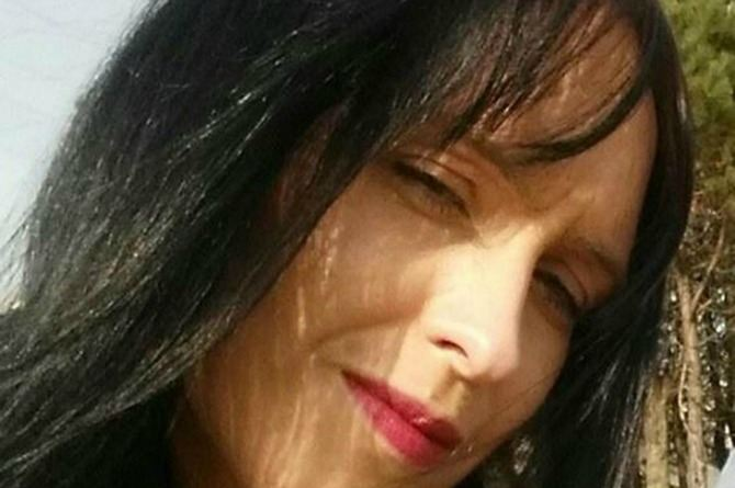 Woman claws her way out of grave after fiance buries her alive