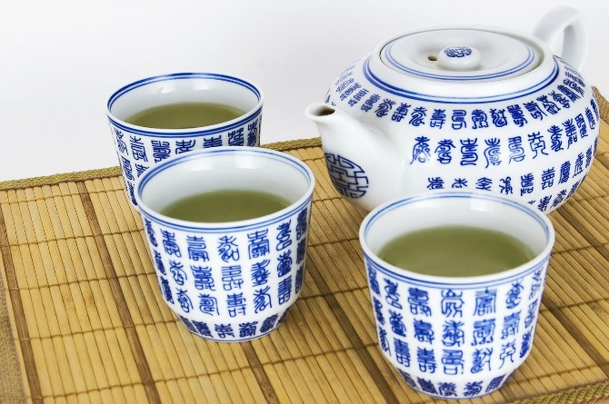 Frequent consumption of green tea slows down fertility, says study