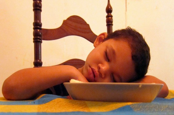 These 10 signs of nutritional deficiency in children can hamper their growth