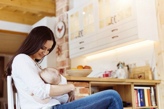 Support mothers who decide not to breastfeed, say new US guidelines