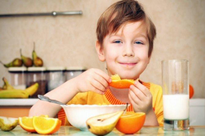 These 5 fruits can help treat 5 of your child's every day health problems (Yes, really!)