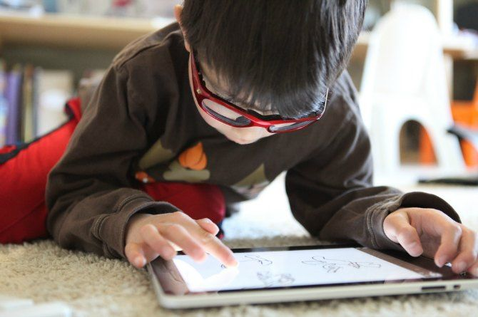 Does your child use the iPad? Here are some do's and don't's that you should follow