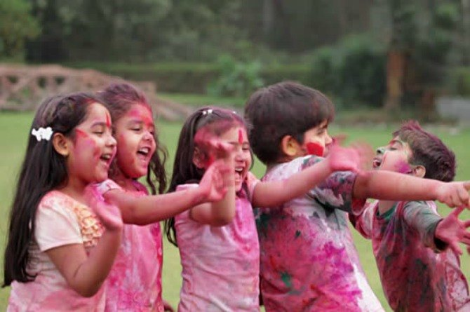 10 easy ways to equip your child's skin to fight the Holi onslaught