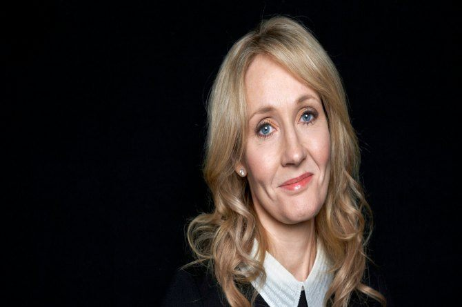 JK Rowling sends a message of comfort for those missing their moms