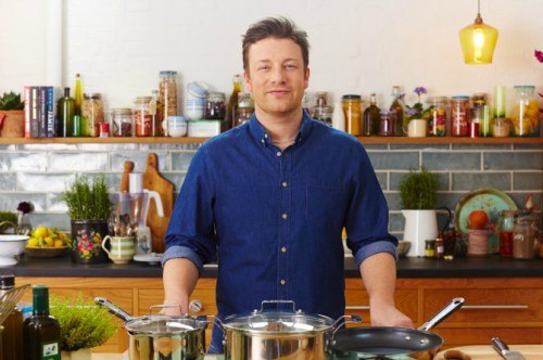 Celebrity chef Jamie Oliver's breastfeeding comments land him in hot water