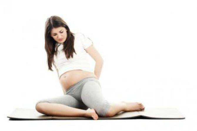 6 ways to minimise the effects of knee pain during pregnancy