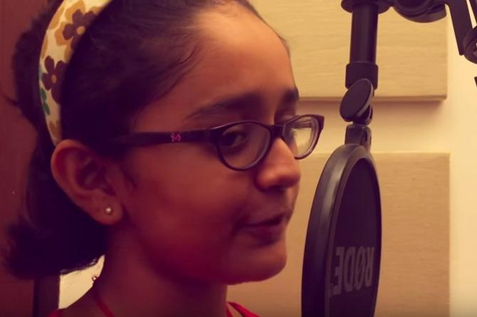 Listening to these cuties sing 'Jungle jungle baat chali hai' in English will make your day