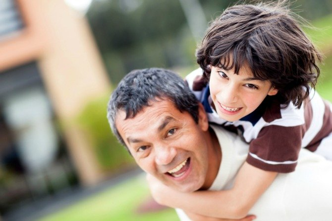 5 important lessons all dads must teach their sons