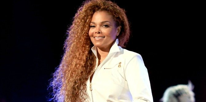 Janet Jackson postpones world tour to become a mum