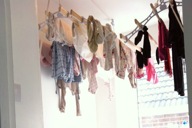 Health alert! This is why you should stop drying your clothes indoors!