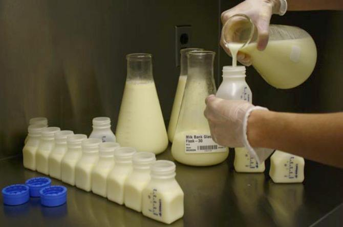 Just in: Fortis La Femme and Breast Milk Foundation launch the first pasteurised human milk bank in Delhi
