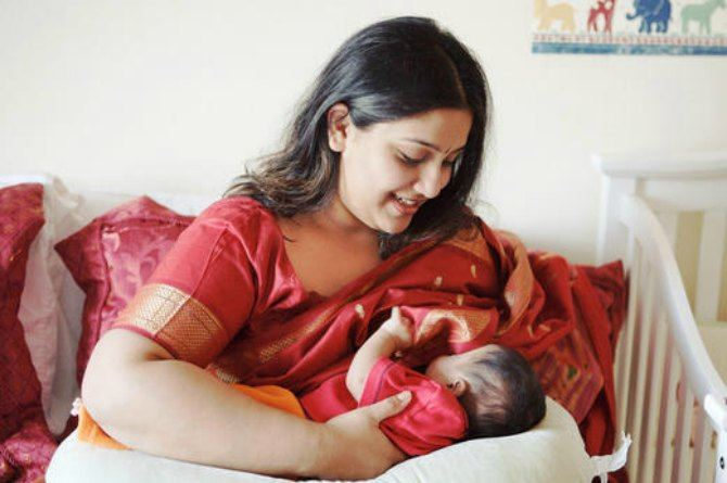 World breastfeeding week: Hundreds of mothers across India come together to support public breastfeeding!