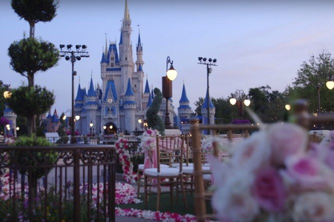 How much does it take to get married like a princess in Disney World?