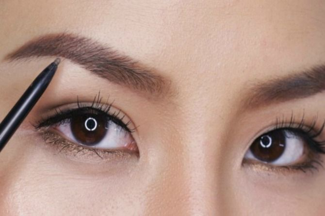 2 Korean-inspired tricks for perfect brows all busy mums should know