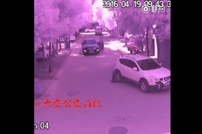 Watch: Chinese Toddler Crushed by SUV While Mother takes selfies