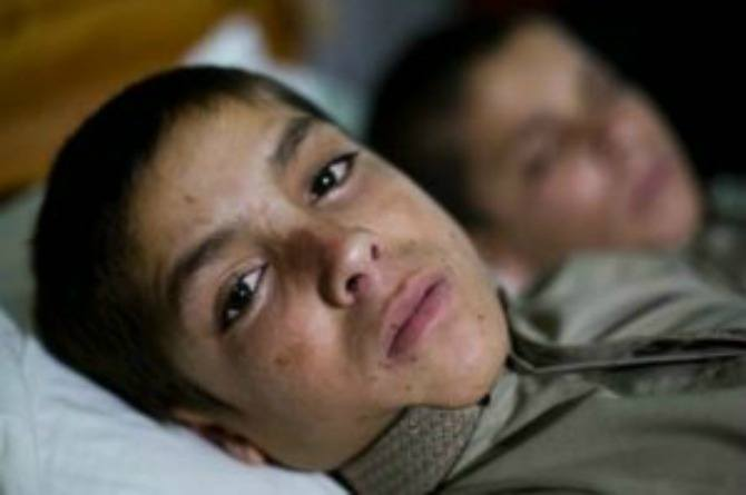 Two brothers enter a vegetative state after the sun sets