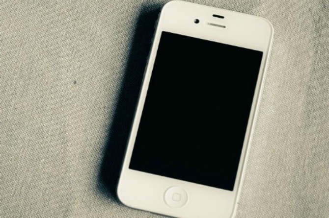 5 questions to ask your kids before giving them cellphones