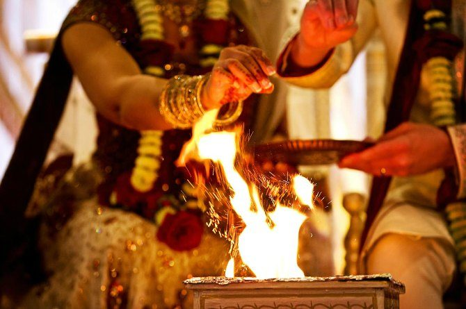 3 rituals Indian married women follow every day, but don't know what they mean!
