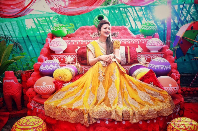 In Photos: Divyanka Tripathi's haldi pictures are beautiful beyond words!