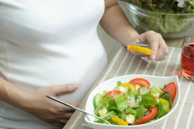 You must NEVER eat these 9 common foods during pregnancy!