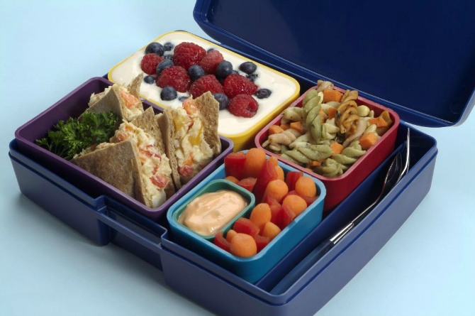 8 simple hacks to make your kid finish his lunch box!