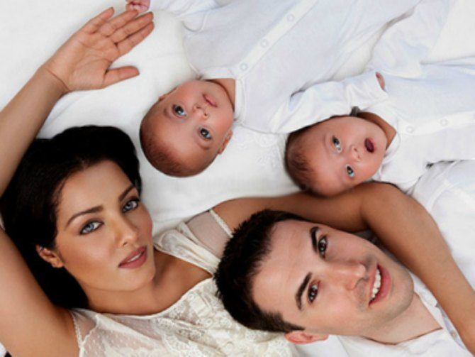 OMG! Celina Jaitly's pregnant with twins again; due in October