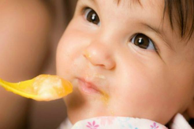Useful tips: Introducing your baby to solid foods