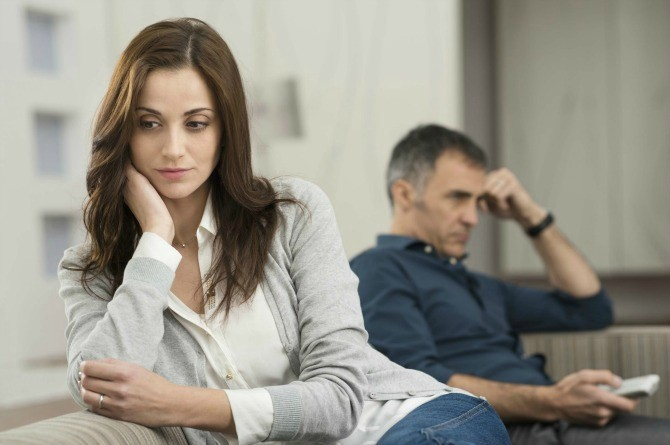 7 signs your husband fantasizes about another woman