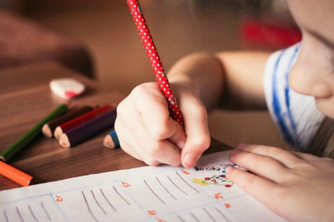 Should today's children still learn cursive in schools?
