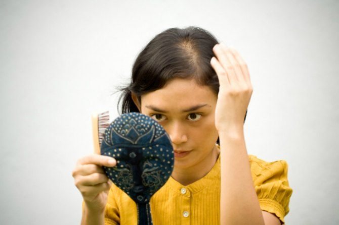 Postpartum hair loss: What causes it and 5 ways to deal with it