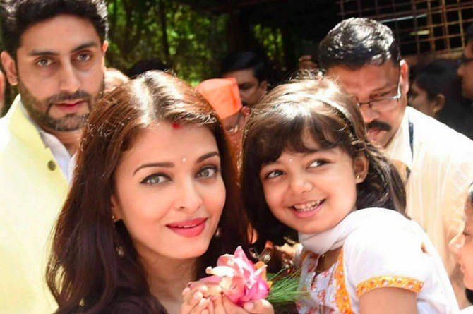 THIS is how Aishwarya Rai Bachchan introduced solids to her daughter