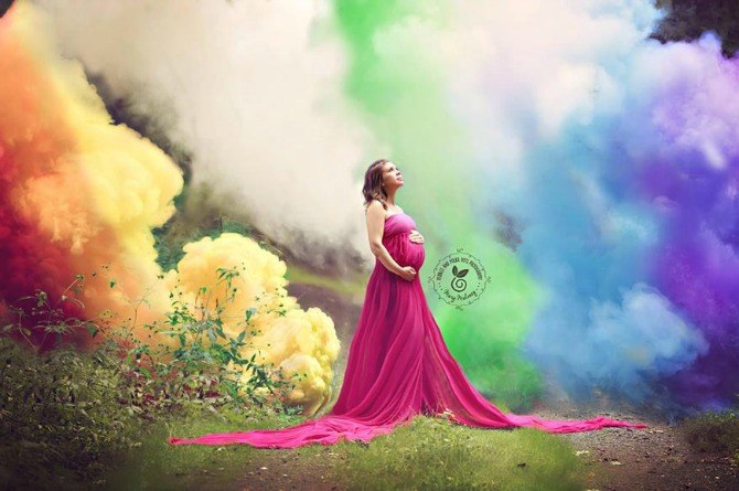 After 6 miscarriages, mom welcomes her rainbow baby with a spectacular maternity shoot