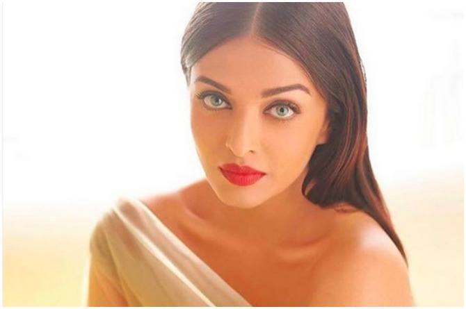 There is no stopping yummy mummy Aishwarya Rai Bachchan! Here's proof