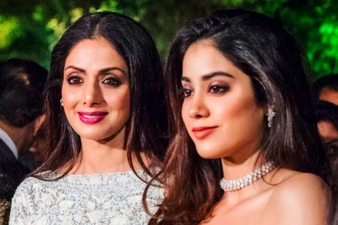 Concerned mum Sridevi has imposed a strict rule on her elder daughter Jhanvi