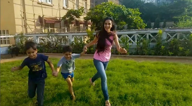 10 Secrets to planning a holiday with kids by celeb mum Tara Sharma!