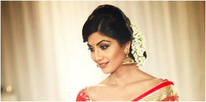 3 simple gajra hairstyles you must try this wedding season