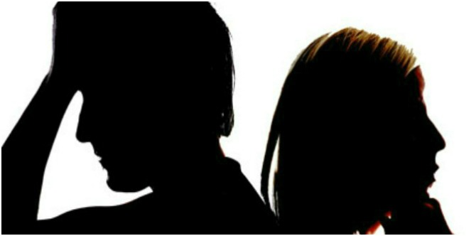 """fighting couple lead """"My mother broke my marriage. I am 36, divorced and alone..."""""""