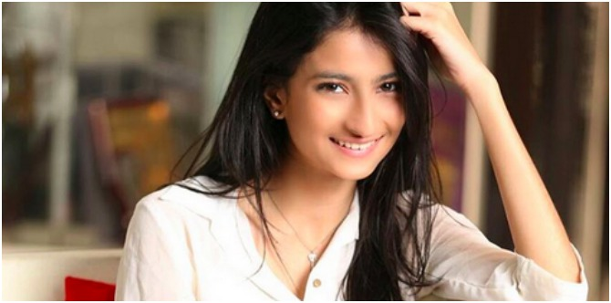 Shweta Tiwari's graceful daughter Palak is every bit the star as her mum!