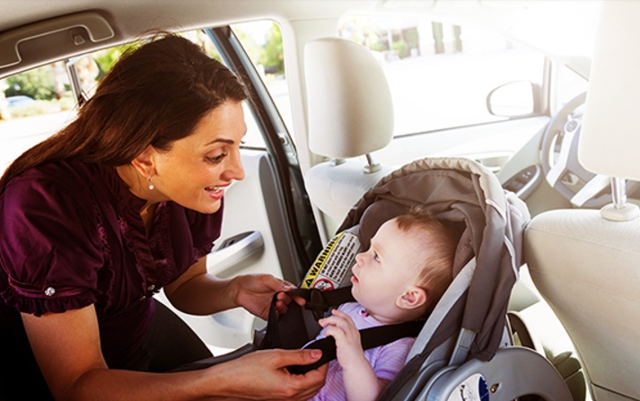4 Safety tips you must know while traveling with your child…