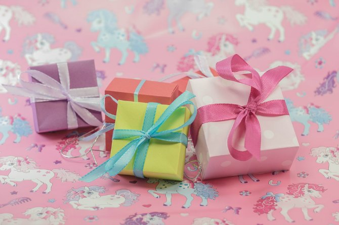 Real mums speak: The best and the worst gifts their babies received!