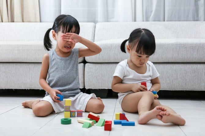 Stop forcing your toddler to say 'sorry'; she honestly doesn't care!