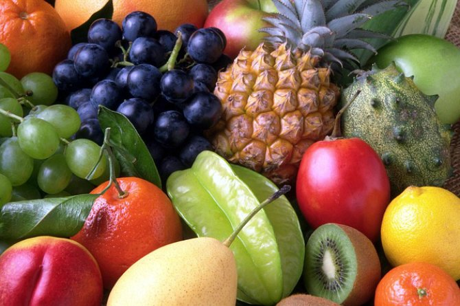 Eating fruits rich in vitamin C