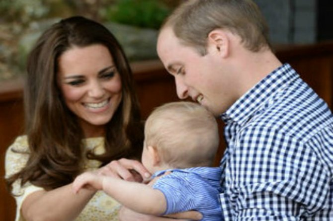 When most people would find it gross, Kate thinks everything her kid does is utterly adorable!