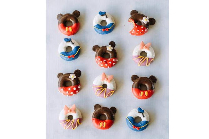 Minnie Mickey Donuts