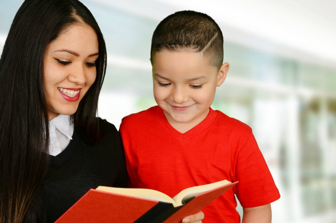 5 reasons why you should read aloud to your kids