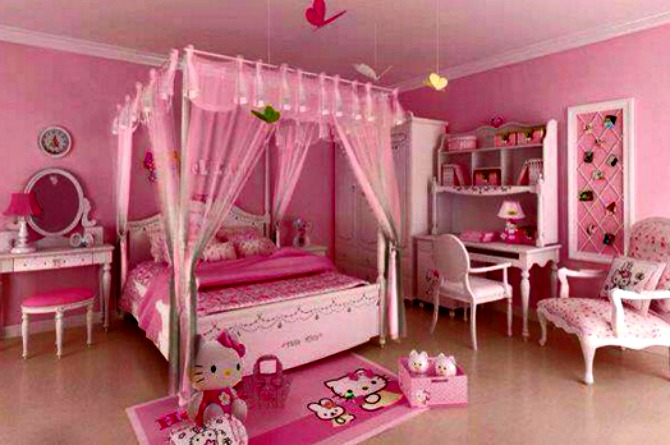 Awash in pink hues, with a canopy overhead, this room promises sweet dreams indeed!