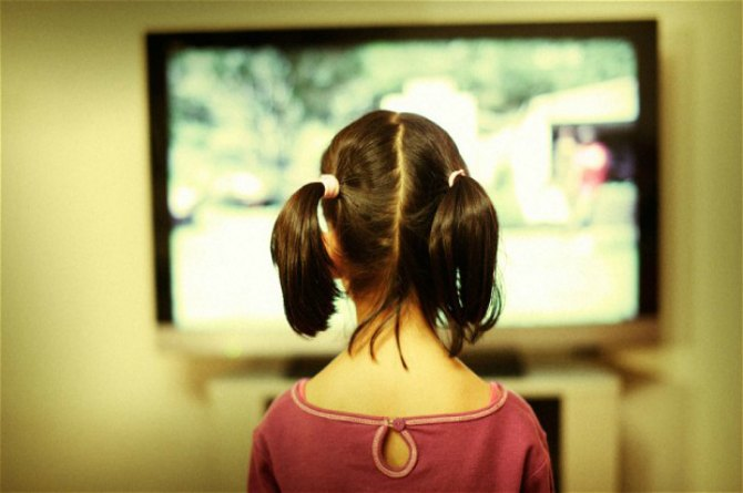 Exposure to inappropriate content on TV
